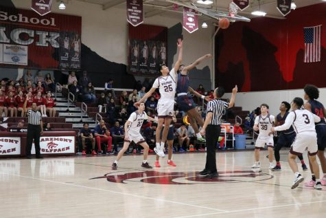 Varsity basketball falls to Colony