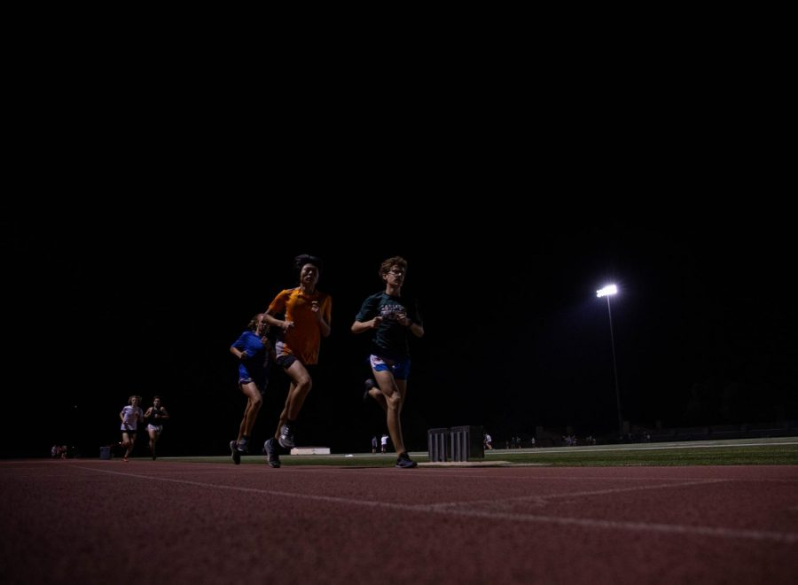 Sophomores Alan Jung (left) and Andrew Eisenberg (right) finished the 3200 in 10:48 and 10:54, respectively.