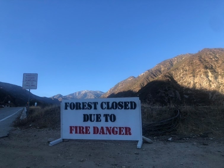 National+forests+temporarily+close+as+fires+in+Southern+California+emerge